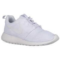 size 40 f5fee a49bc Nike Roshe   Foot Locker