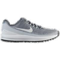 7ab6821e97675 Nike Zoom Vomero