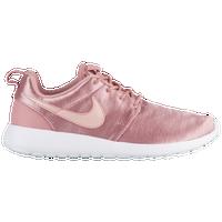 size 40 a055c df6a5 Nike Roshe   Foot Locker