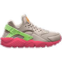 05a32781f6a3 Women s Nike Air Huarache