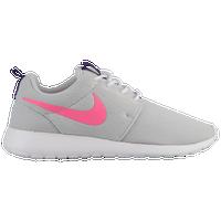 low priced 305b9 eca2d Womens Nike Roshe   Lady Foot Locker