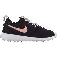 19a681d05c83 Nike Roshe