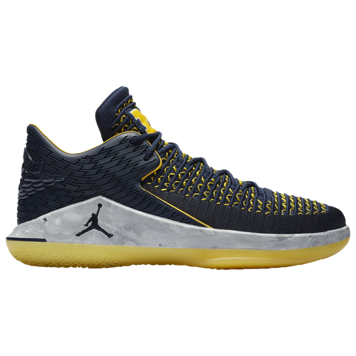 53ac3516148b Jordan AJ XXXII Low - Men s - Basketball - Shoes - College Navy Metallic  Silver Amarillo