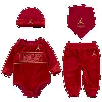 d76a8c1d157 Baby Jordan Clothing