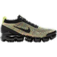 official photos 6a3b4 e1876 Nike Flyknit Shoes   Foot Locker