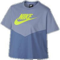82ac1a80 Womens Nike T-Shirts | Lady Foot Locker